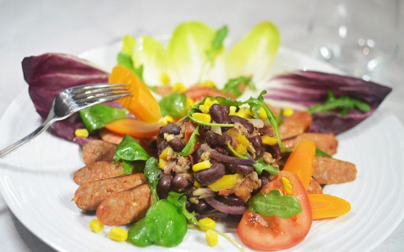 La salade Gringo & sa saucisse mexicaine